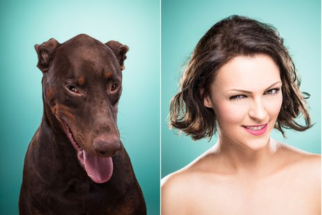 """Ines Opifanti to fotografka freelancerka z Hamburga w Niemczech. Specjalizuje się przede wszystkim w fotografii portretowej i reklamowej. Więcej zdjęć z cyklu """"The Dog People"""" możecie obejrzeć [url=http://ines-opifanti.com/work/dog-people/]na jej stronie/url], gdzie dostępne są też inne interesujące portrety ludzi i zwierząt."""