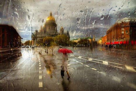 Eduard Gordeew to fotograf z Petersburga, który specjalizuje się w fotografii plenerowej. Jego portfolio jest pełne pięknych krajobrazów, wiosek, zabytków i ulic.